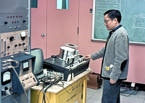 Allen Yen with Ampex Vr660 at Prince Albert Radar Lab, February 1968